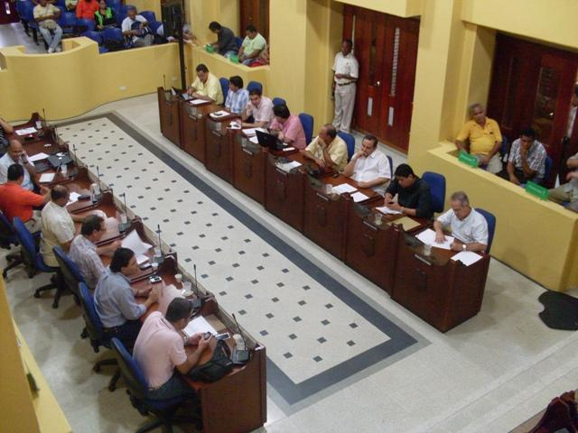 Se mantiene cumplida asistencia de los concejales pero su actuación en bancadas continúa siendo deficiente
